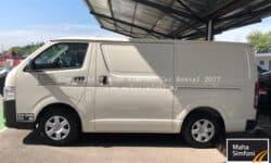 Toyota Hiace Panel Van 2.5 Turbo Diesel (M)